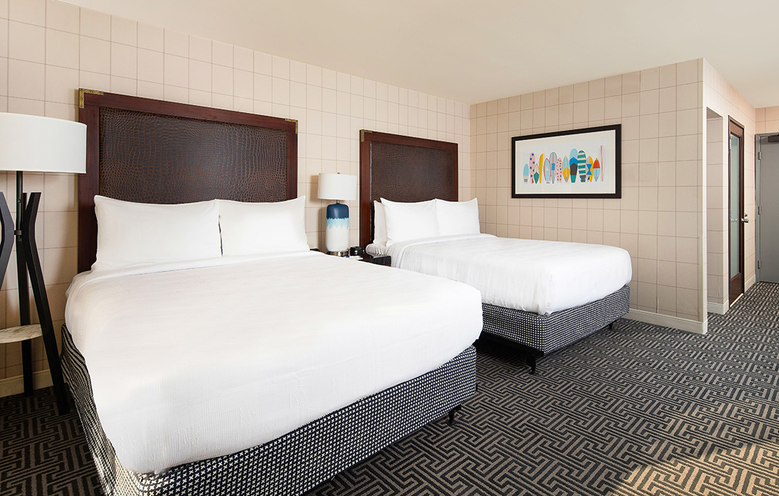 Two Standard Queen Beds at Hotel Lulu